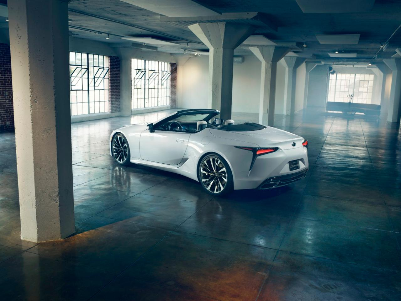 Lexus LC convertible concept: coming to Geneva in March