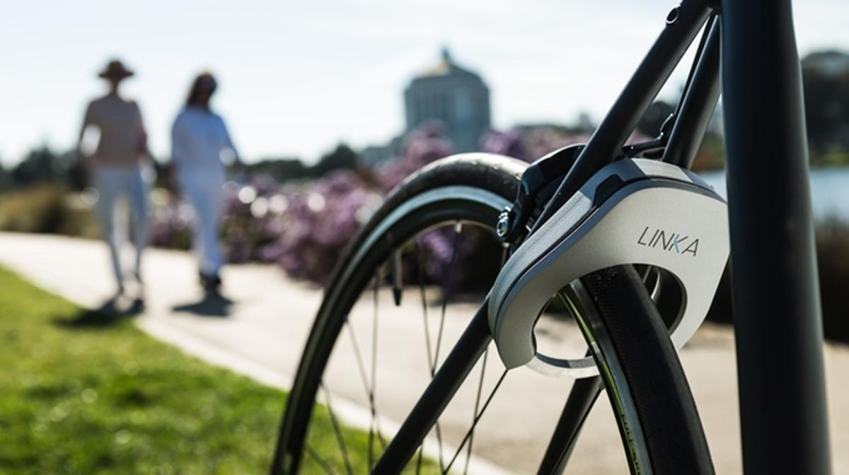 Linka automatically unlocks as users get near their bike
