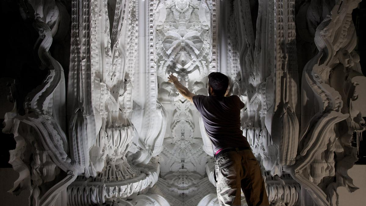 Two Swiss architects 3D print an intricate room in artificial sandstone containing 260 million surfaces(Photo: Hansmeyer / Dillenburger)