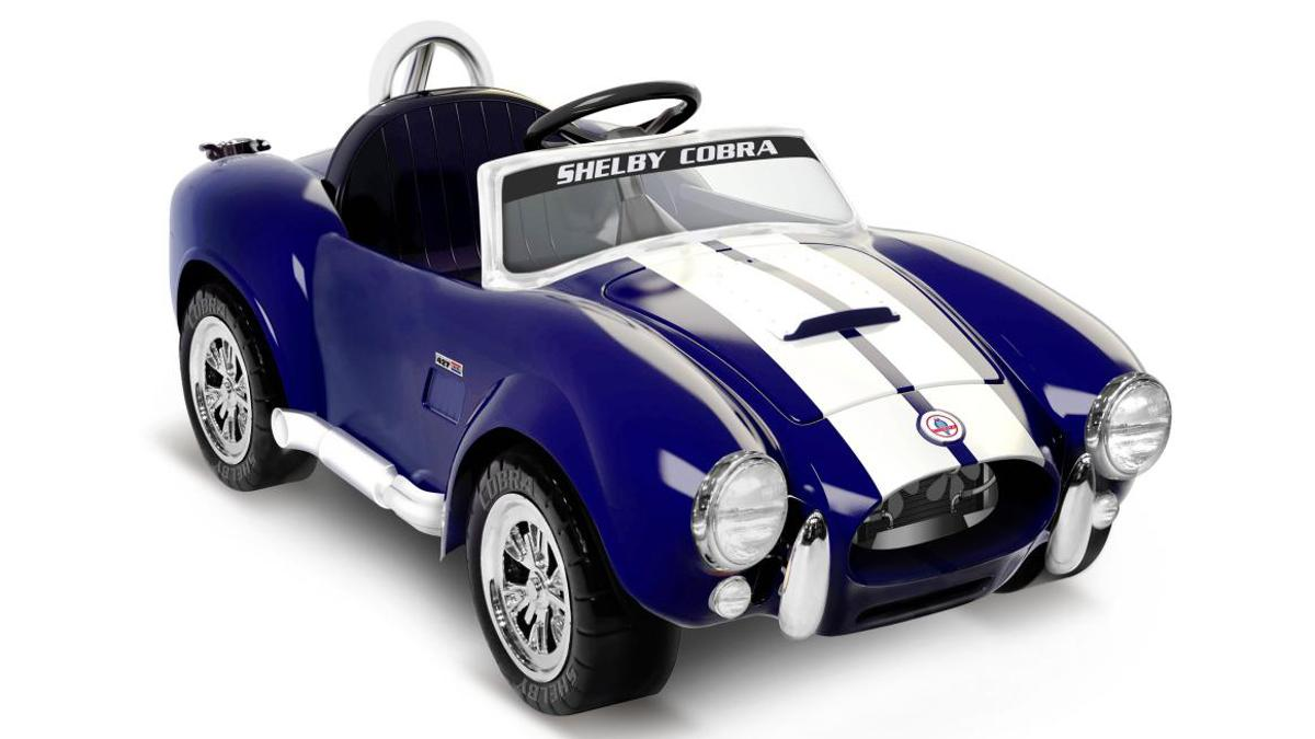 """The Shelby Cobra 427 """"ride on"""" travels at speeds of up to 5 mph (8 km/h)"""