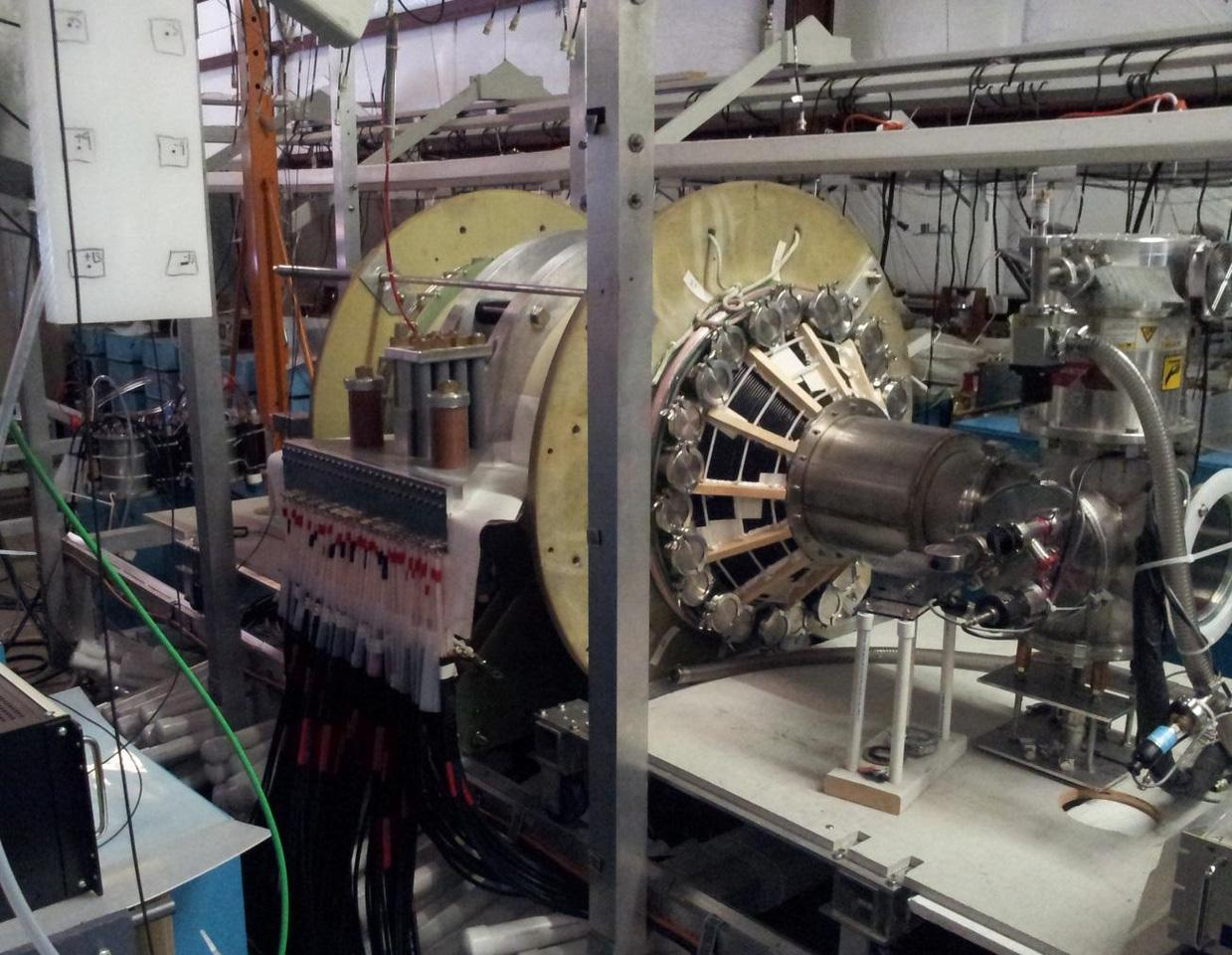 The fusion driven rocket test chamber at the UW Plasma Dynamics Lab in Redmond