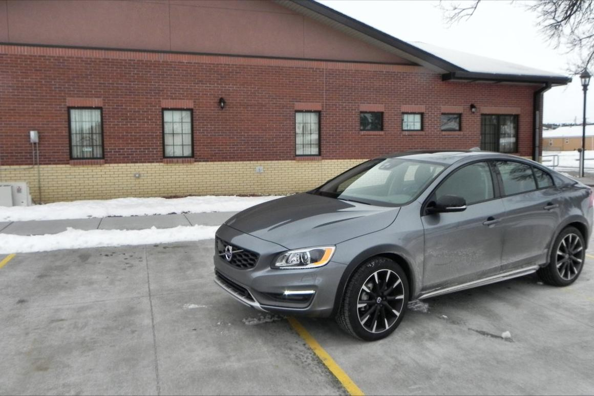 Review Volvo Hits Home With 2016 Volvo S60 And V60