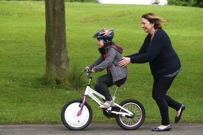 Once the child has mastered the art of balancing on their own, the flywheel component of the Control Hub can be removed, reducing the weight of the Jyrobike by 60 percent