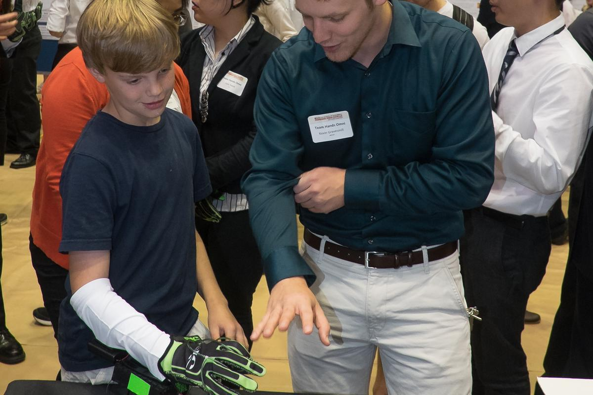The Hands Omni haptic glove gives its wearer the sense that they're physically holding a virtual object (Photo: Jeff Fitlow/Rice University)