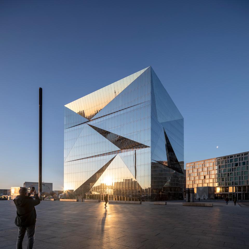 Cube Berlin has an intricate prismatic glazed facade