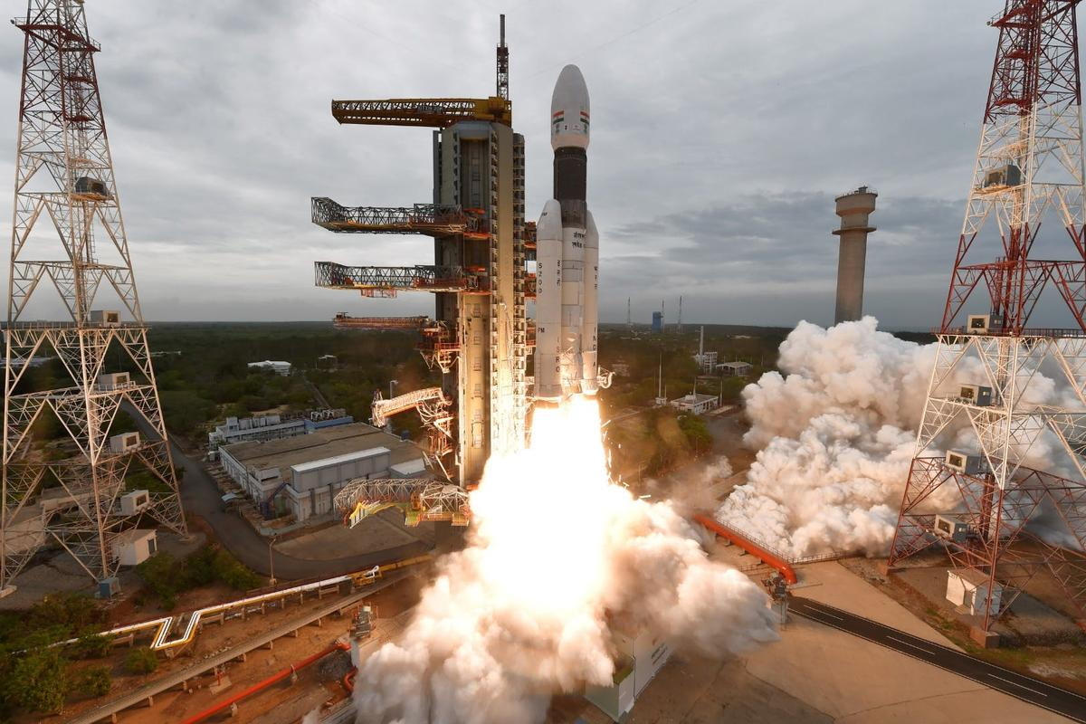 Chandrayaan-2 pictured lifting off atop a GSLV MK-III rocket
