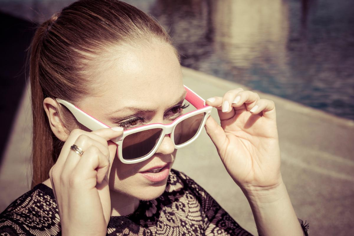 The tint level of Skugga sunglasses can be set by the user, and will automatically activate when they're exposed to light