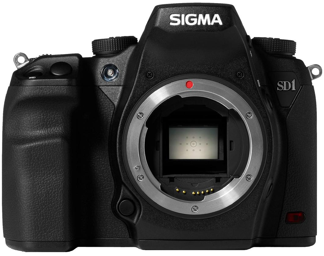 Sigma says that Foveon's engineers have managed to enlarge the CMOS sensor while narrowing the pixel pitch to more than triple the 14 megapixel resolution used on other Sigma cameras