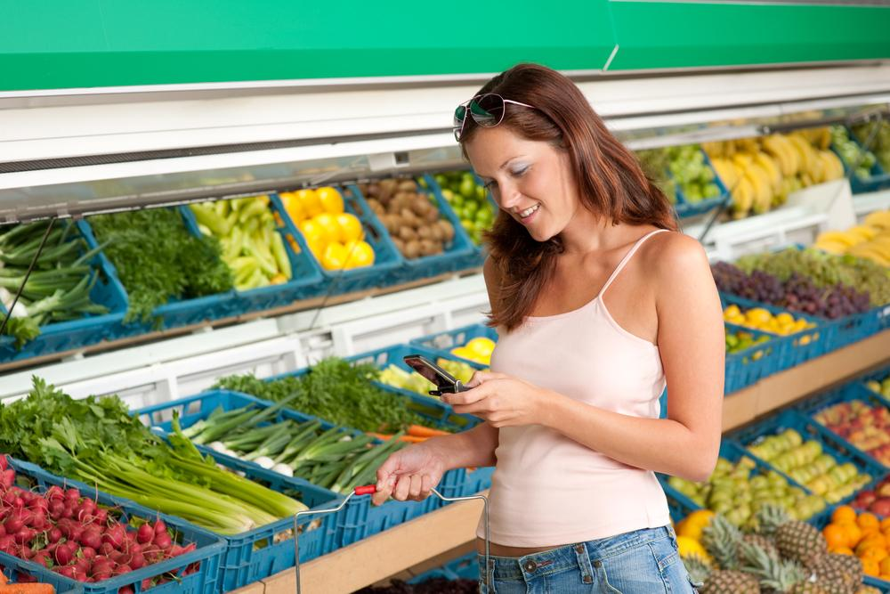 The app-based system determines the shopper's location via the flickering of the overhead lights (Photo: Shutterstock)