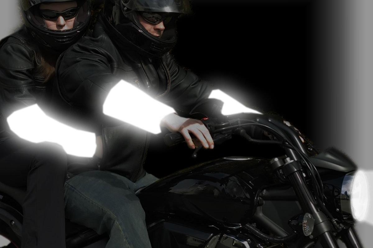 With their glass beading, Realflex wraps reflect light and illuminate the rider