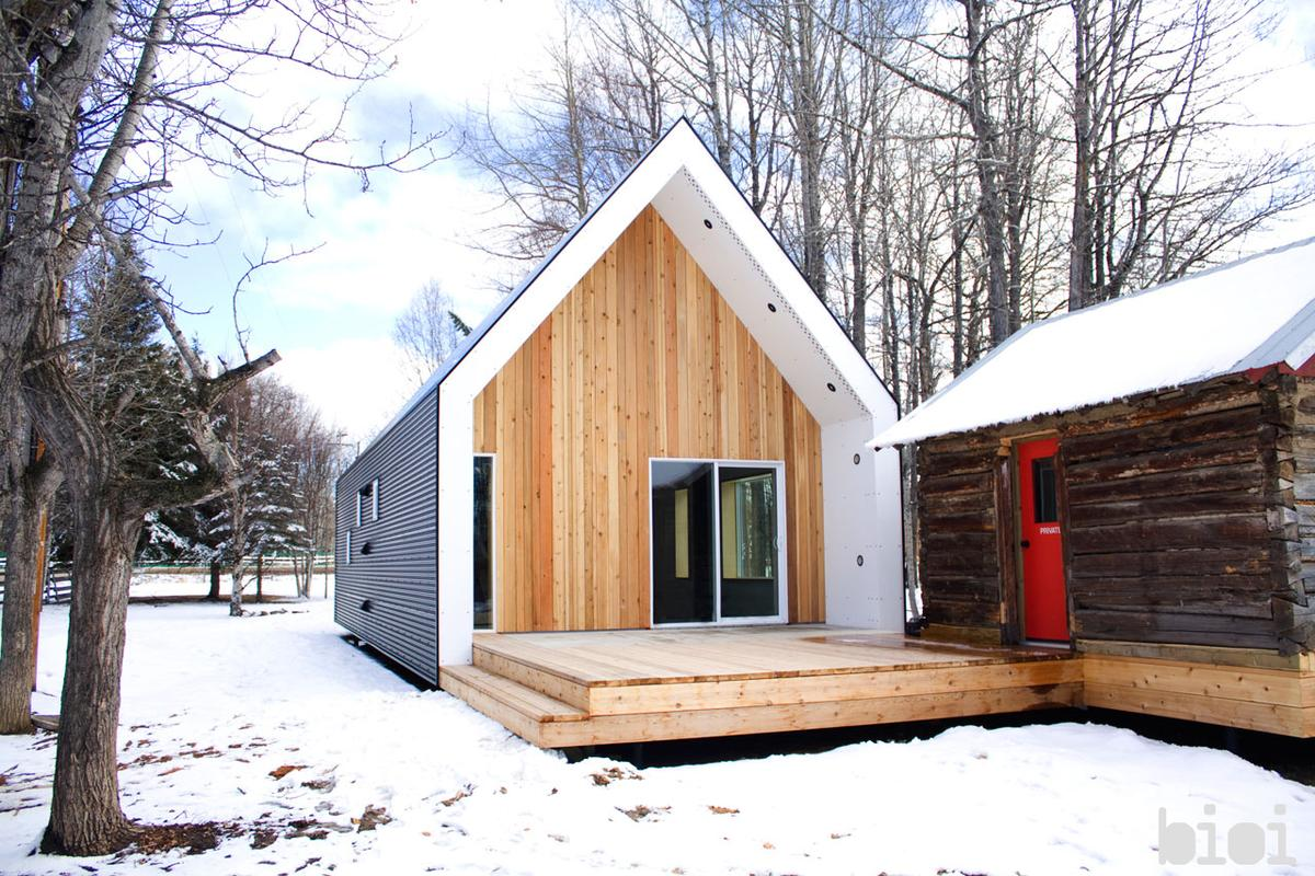 Canadian design studio Bioi recently completed this compact home in Warburg, Alberta after being given the challenge to create a contemporary and energy-efficient home for under US$100,000 (Photo by: Alison Anderson)