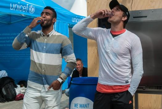 Footballers Mohammed Ali Khan and Tobias Hysén were the first to sample water from the machine during last week's Gothia Cup