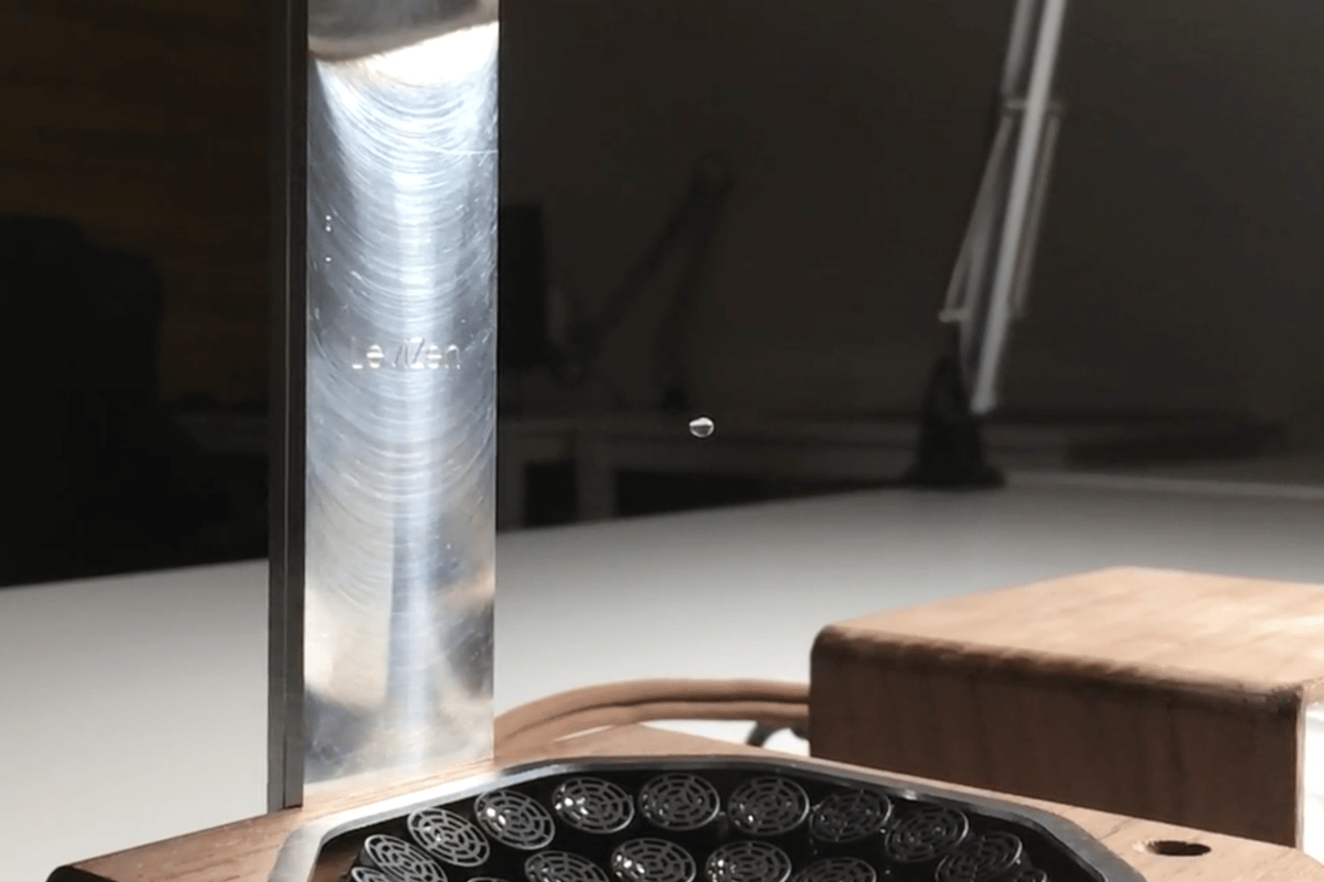 Simulate the effect of zero gravity on water with the LeviZen