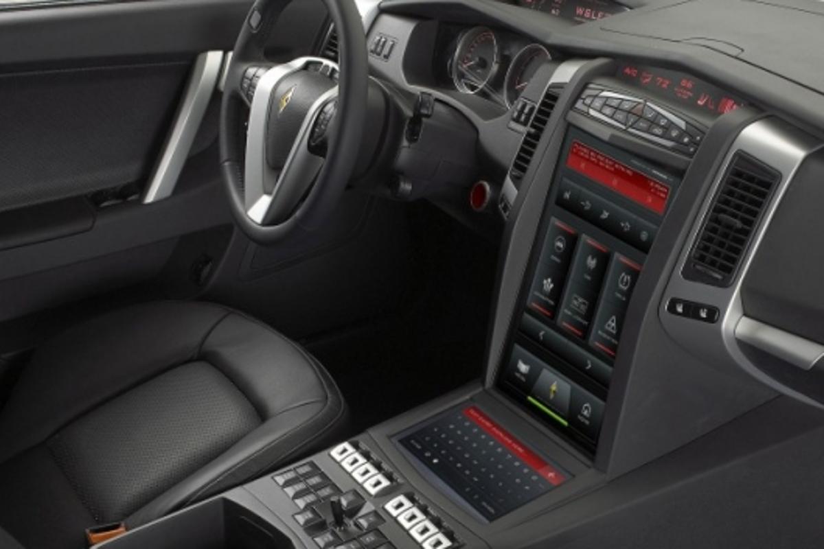 The Carbon E7 Cockpit - First Purpose-Built Law Enforcement Patrol Vehicle