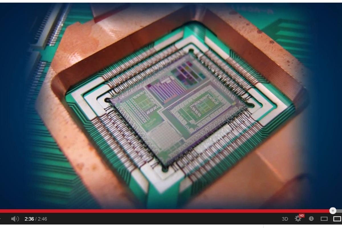 D-Wave's 512-Qubit Vesuvius quantum computing chip can match it with massively parallel supercomputers (Photo: D-Wave)
