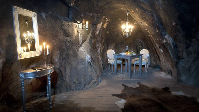The eerie hotel suite accommodates two and is situated 155 meters (509 ft) below the earth's surface, amidst winding tunnels and deep cavities (image: Sala Silvermine)
