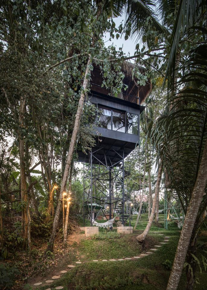 Bali Architects Adopt Experimental Design For Treetop Accommodation