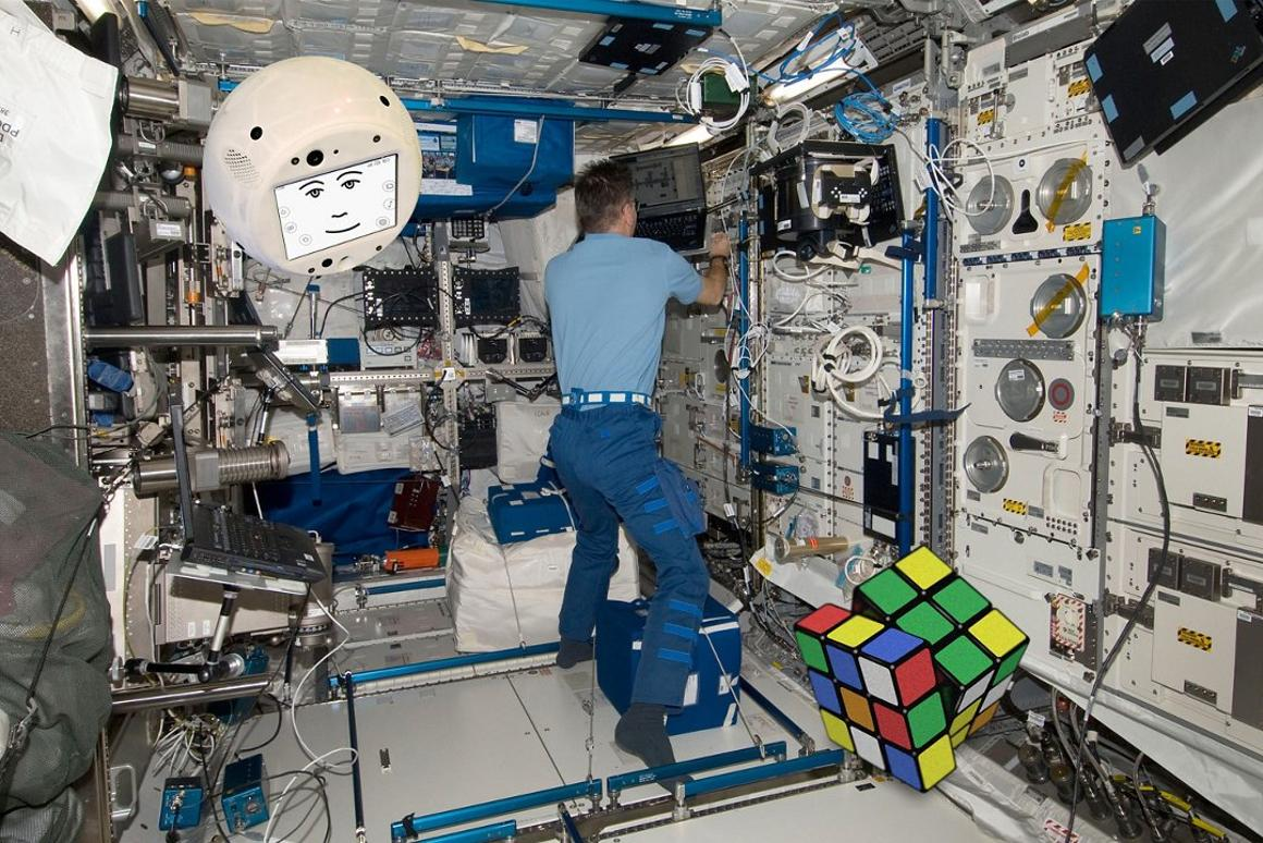 One of the tasks CIMON will assist with during its time aboard the ISS will be to help solve a Rubik's cube