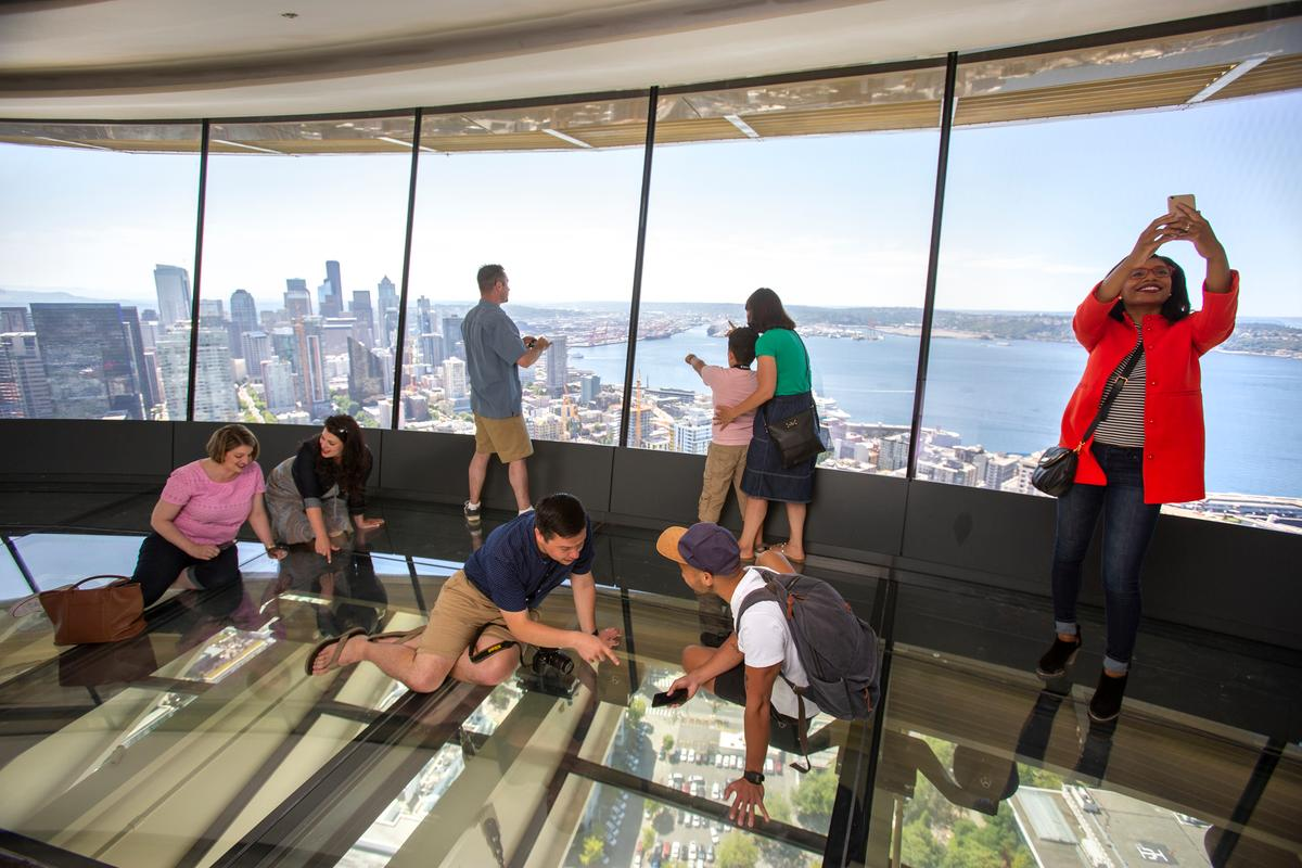 176 tons of new glass were used in a renovation of Seattle's Space Needle tower
