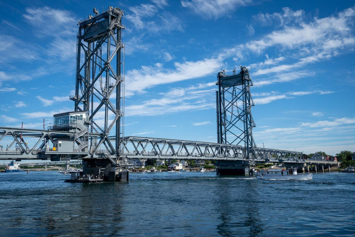 Data sensors installed on the Memorial Bridge in New Hampshire provide researchers, engineers and the public with insights into the day-to-day life and health of the bridge and its surrounding environment