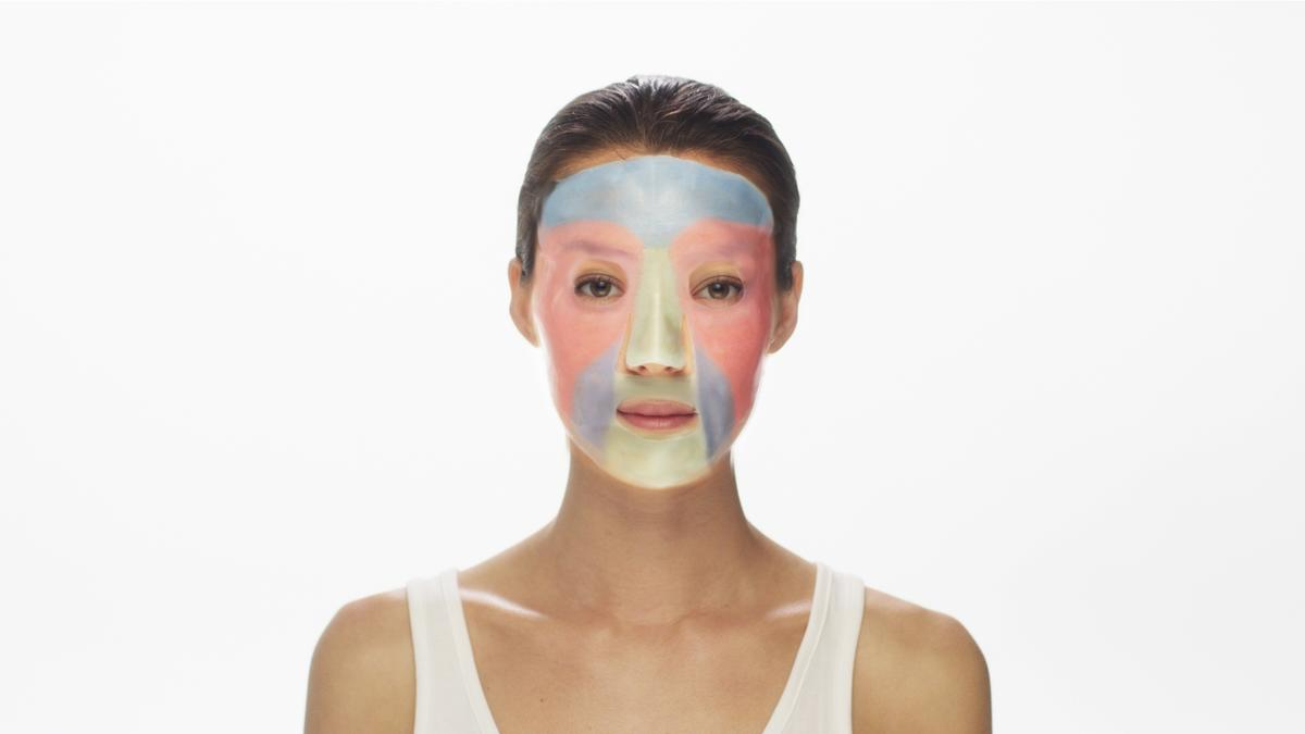 The MaskiD system supplies users with custom 3D-printed facial sheet masks