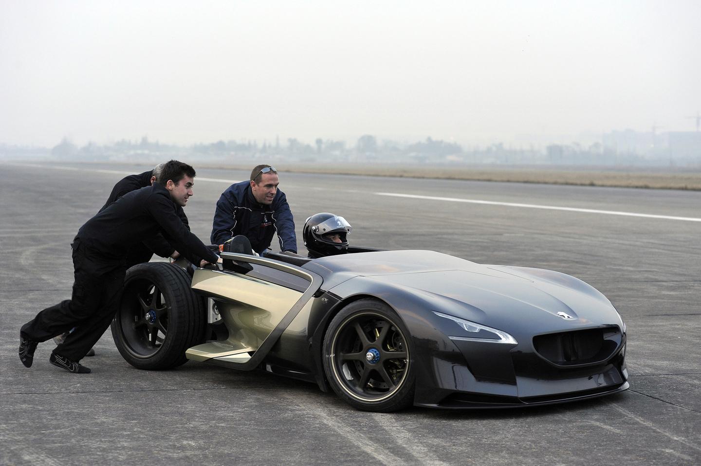 Peugeot's EX1 electric concept
