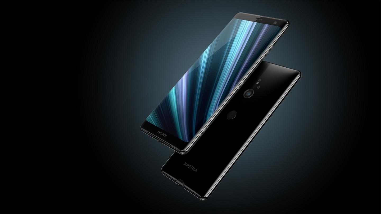 The Xperia XZ3 is bigger than the XZ2, and switches to an OLEDscreen