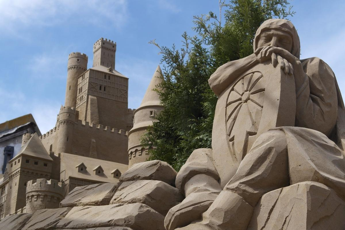 The SandHotels are part of the of the annual sand sculpture festivals in the Dutch cities of Sneek and Oss