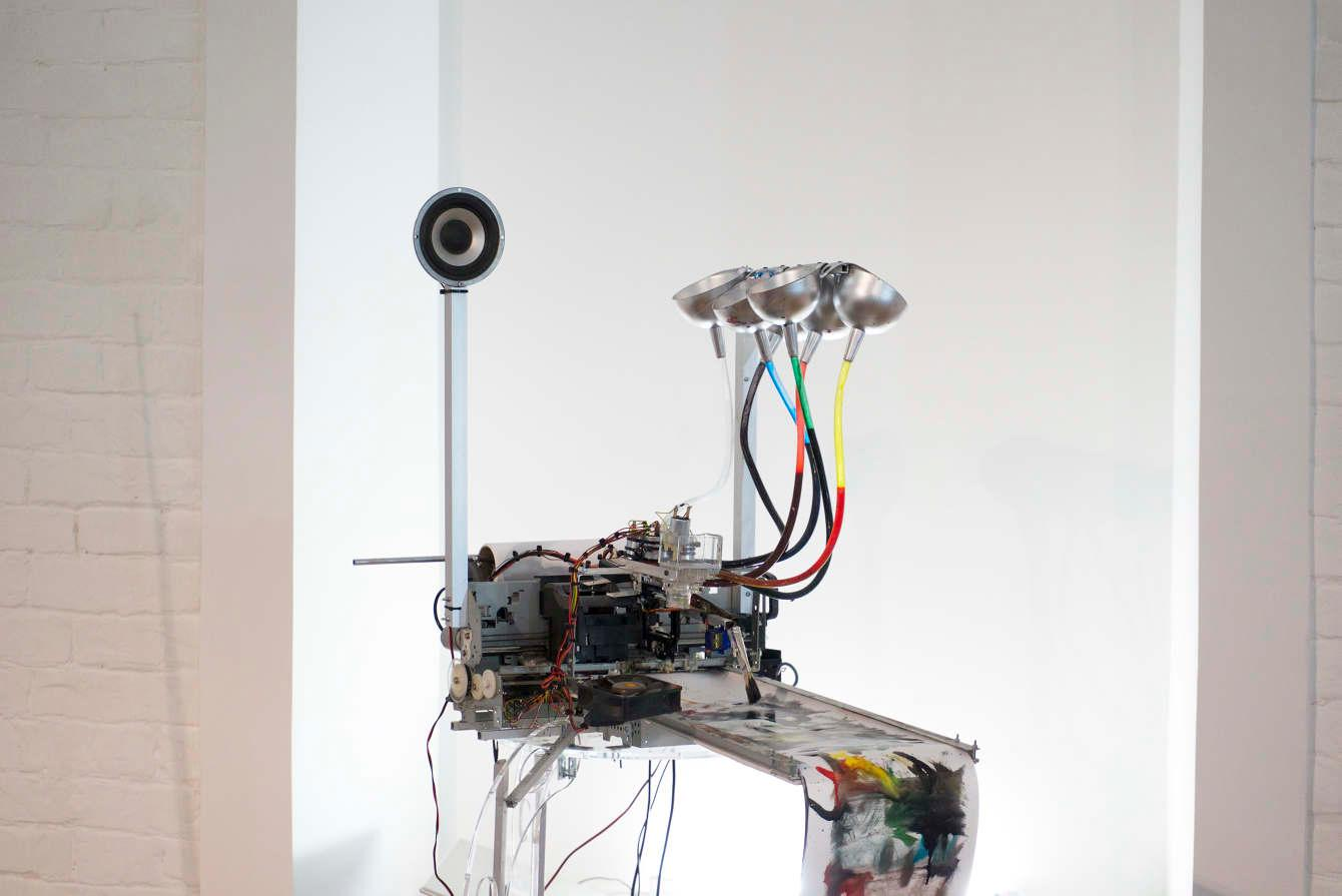 The electropollock is built around an old printer mechanism