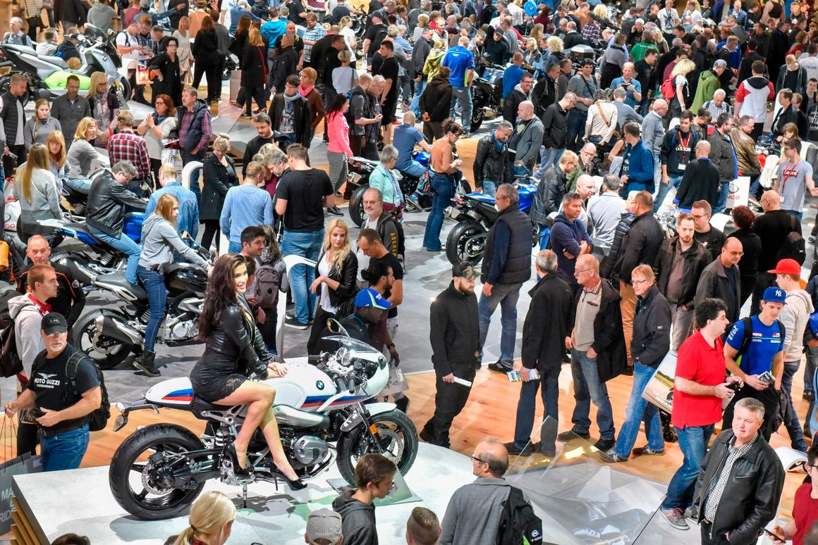 BMW'scrowd-filled booth at the Intermot 2016 starring the new R nineT variants