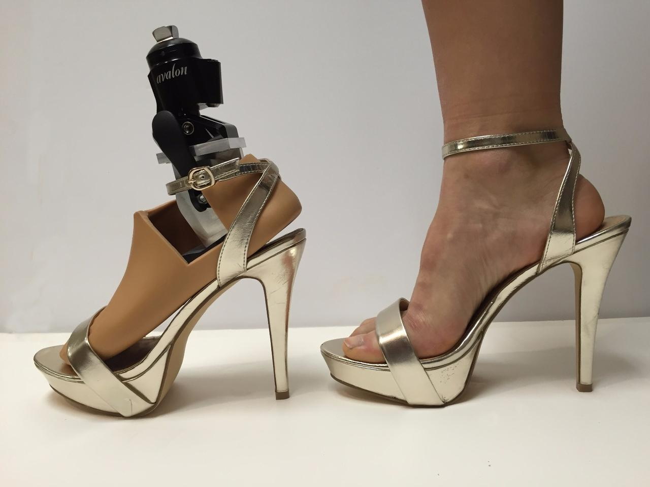 The prosthesis is reported to perform admirably, weighing in at less than 3 lb and supporting weights up to 250 lb