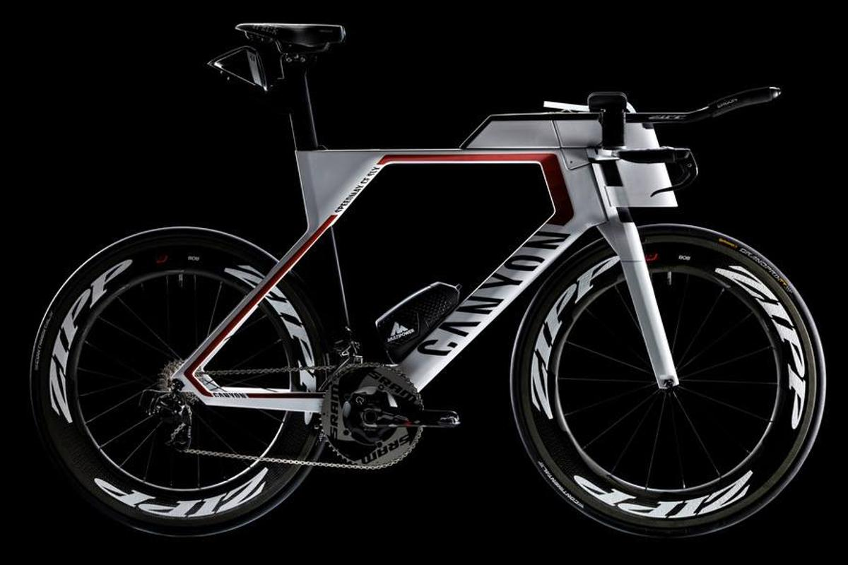 The all-new Canyon Speedmax CF SLX