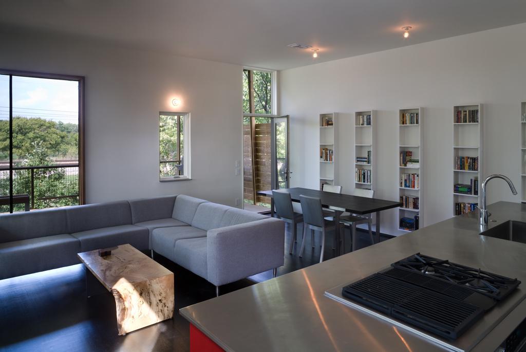The residence achieved LEED Platinum status (Photo: Charles Davis Smith)