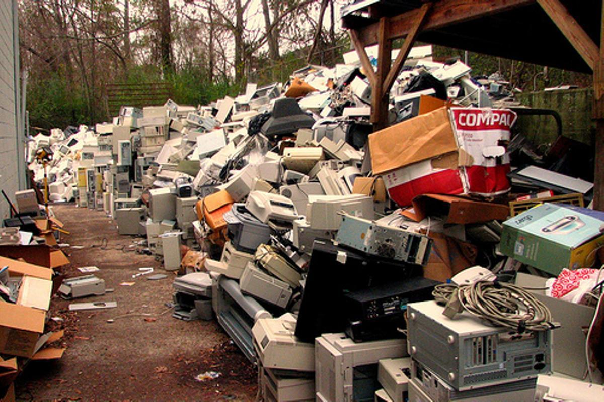 e-waste has risen dramatically in developing nations (Photo: techbirmingham/CC)