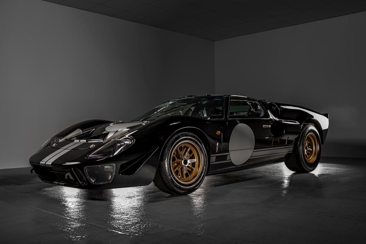 Everrati and Superperformance team up on a Ford GT40 continuation car like no other