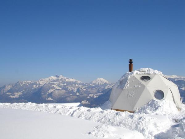 The Whitepod resort offers a novel approach to exploring the Swiss Alps, with 15 domes pitched on wooden platforms (image from Whitepod)