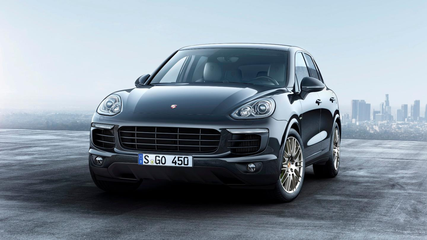 Standard exterior coloring for the Cayenne Platinum Edition will be a non-metallic black and white finish with several other optional colors from the Porsche Cayenne pallette still available