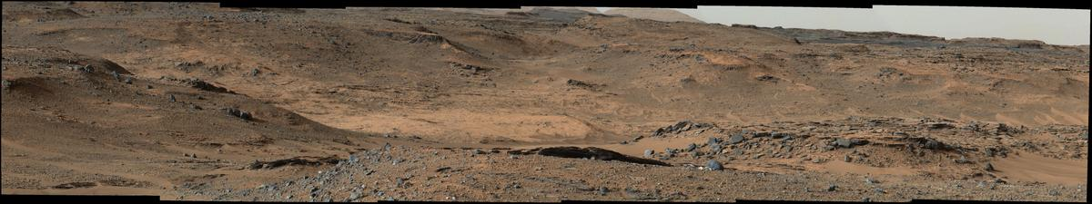 The slopes leading to Mount Sharp as seen from Curiosity (Image: NASA/JPL-Caltech/MSSS)