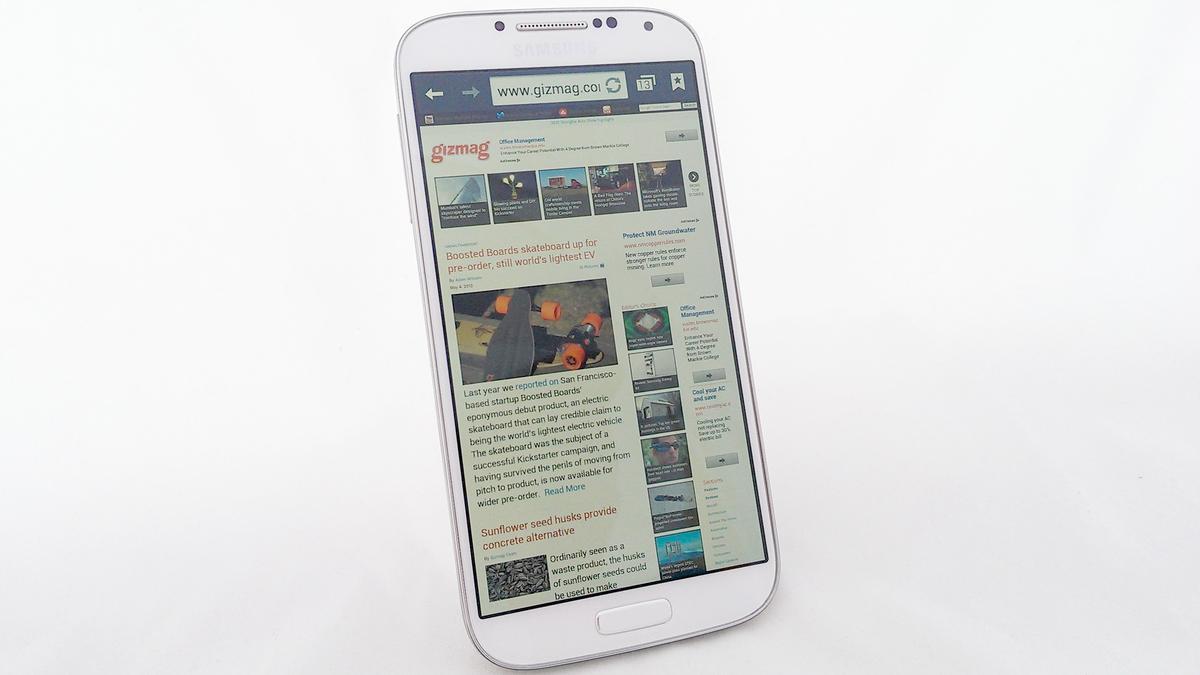 Gizmag reviews the Samsung Galaxy S4
