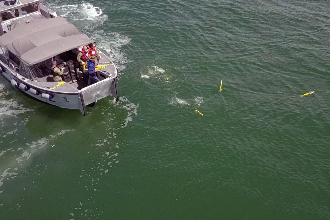 Aquabotix has unveiledSwarmDiver –swarming, swimmingrobots that can be controlled as one entity