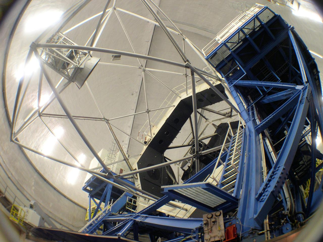 Fisheye view of the 10-meter Keck I telescope used for taking the high-resolution spectra for this study (Photo: W.M. Keck Observatory)