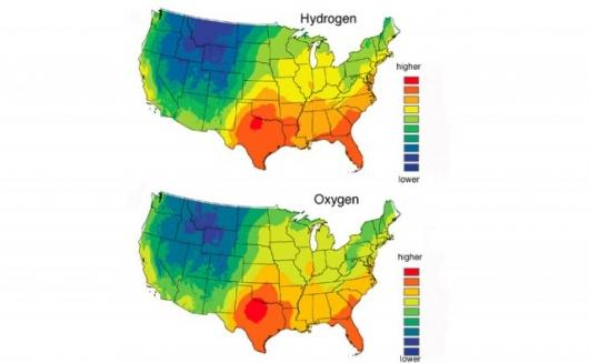 Predicted average hydrogen (top) and oxygen (bottom) isotope levels in human hair across the continental United States