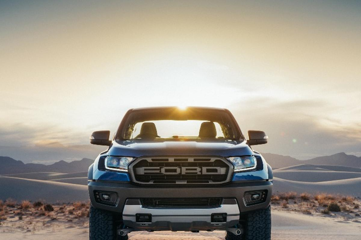 2018 Ford Ranger Raptor: Mid-size twin cab pickup built for serious speed in the rough stuff
