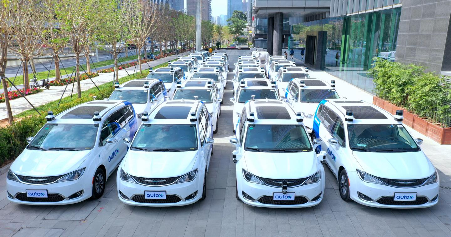 After months of testing, AutoX's fleet of fully autonomous taxis rolls out in the Chinese megacity of Shenzhen