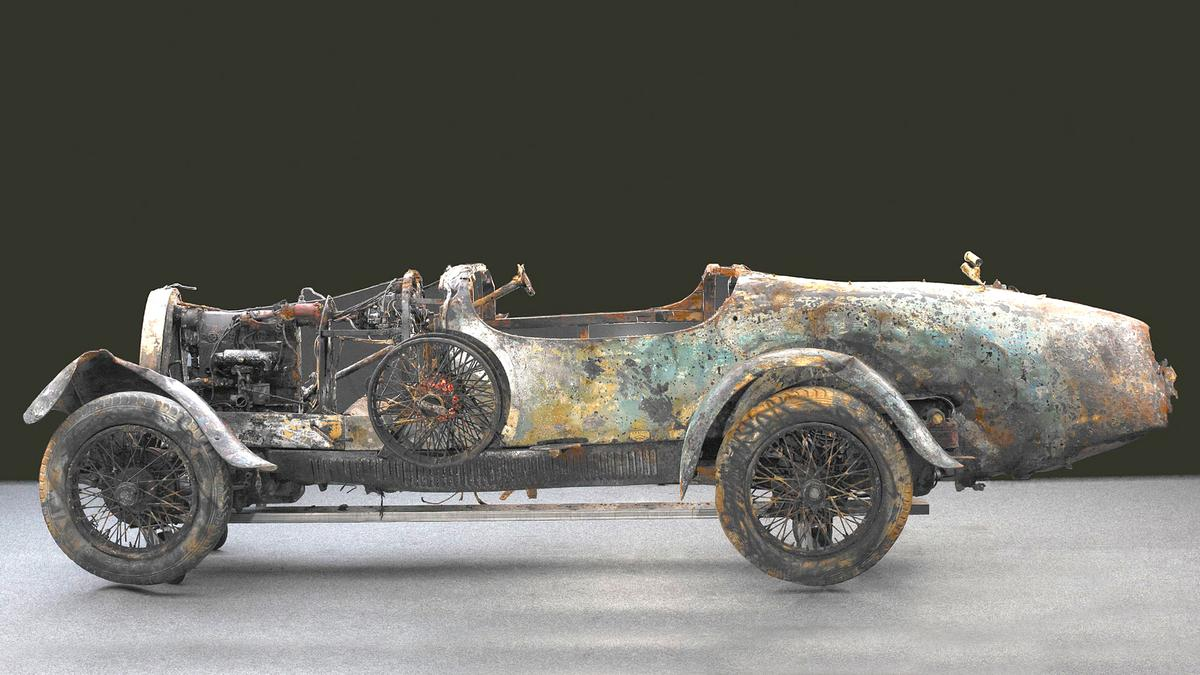 One of the most remarkable stories of automotive history closed another fascinating chapter at the third annual Bonhams Rétromobile sale on January 23, 2010 when the legendary Lake Maggiore 1925 Bugatti Type 22 Brescia fetched EUR 260,500.