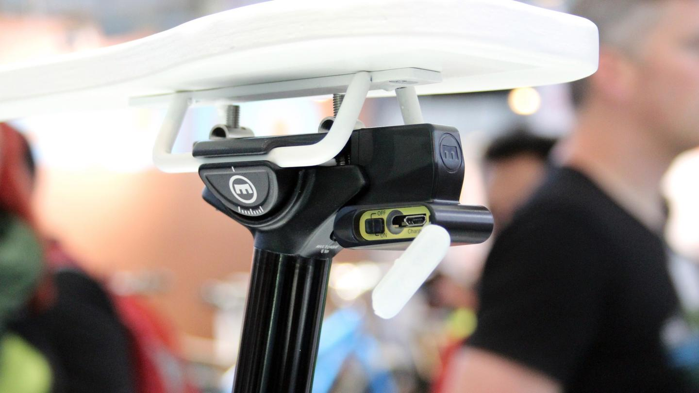 Magura's Vyron eLECT seat post, spotted by Gizmag at Eurobike