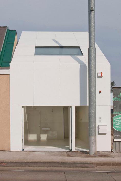 The CJ5 house by Caramel architects (Image: Hertha Hurnaus)