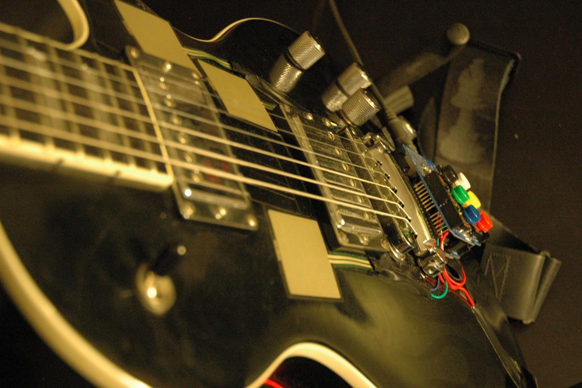 The Guitarduino from Igor Stolarsky