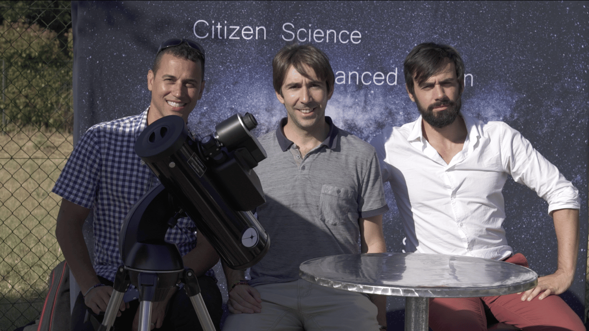 (L to R) Franck Marchis (CSO and SETI Institute astronomer), Arnaud (Chairman and CTO), Laurent (CEO) and the demo prototype shown at Aix-en-Provence, France in June 2017