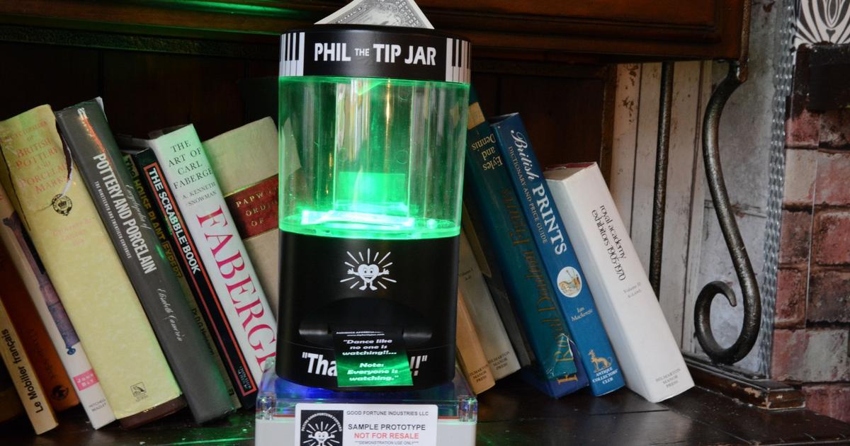 Review Phil The Tip Jar A Card Dispensing Tip Jar For Musicians